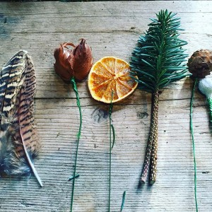 Make A Winter Buttonhole: Tutorial