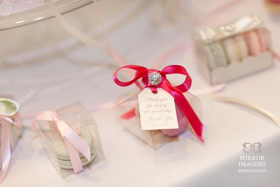 Wedding Favour Macarons Boxes