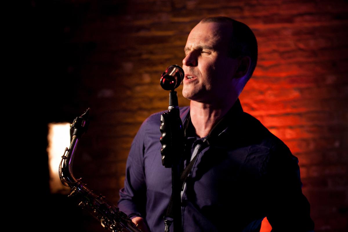 Paul Martyn Nottinghamshire Singer
