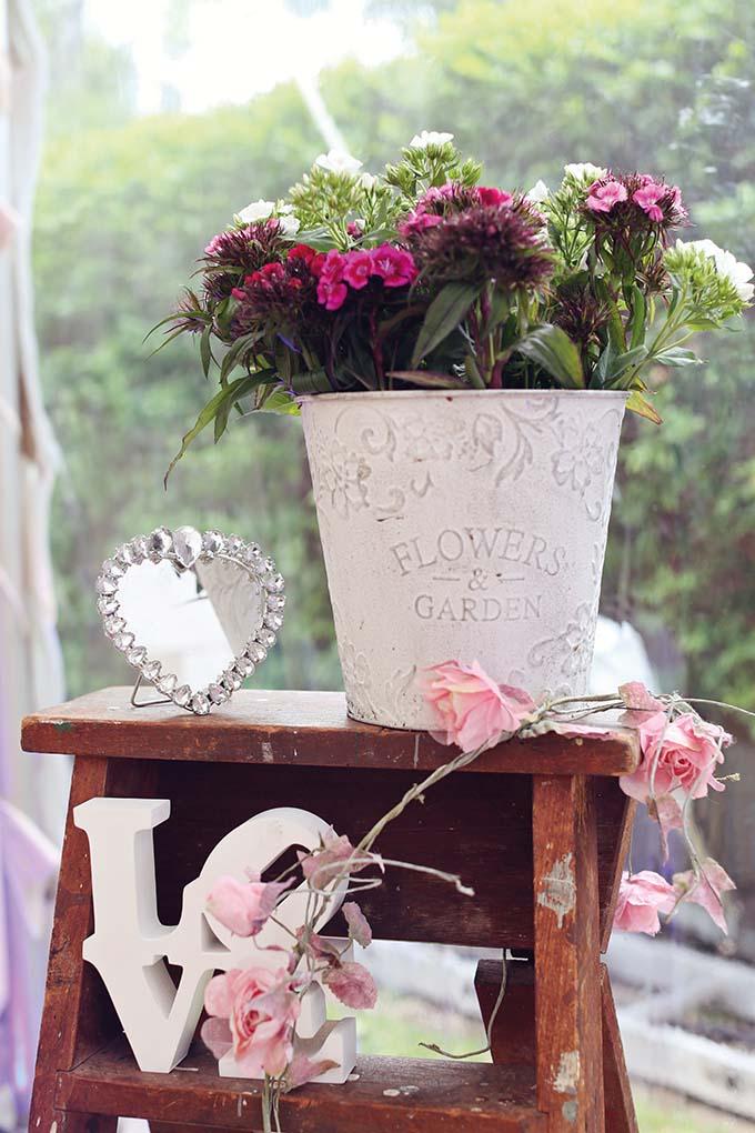 Vintage Wedding Styling