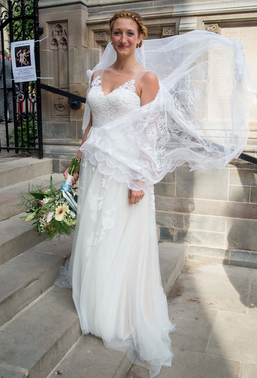 b0f85fb66cfc and the bride wore her great-grandmother's wedding veil | Buckinghams