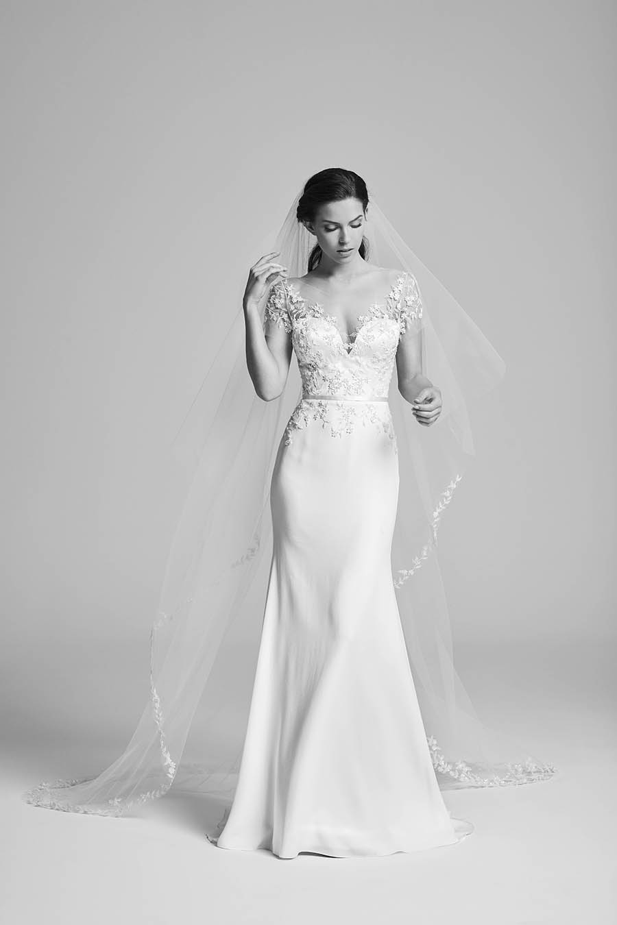 Bridal, Suzanne Neville, Wedding Gown, Wedding Dress, Bride