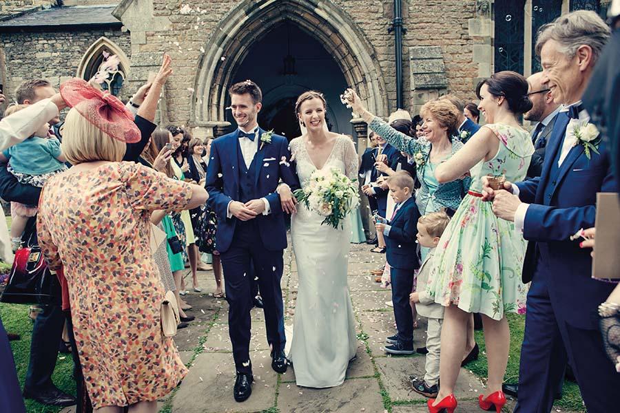 Real Wedding, Prestwold Hall, Bride, Dottie Photography, Confetti