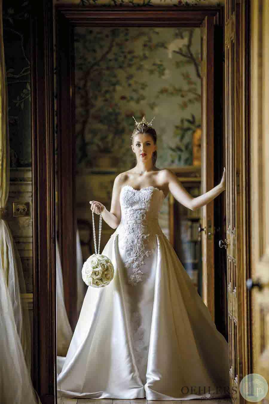 Oehlers Photography For Buckinghams Wedding Magazine