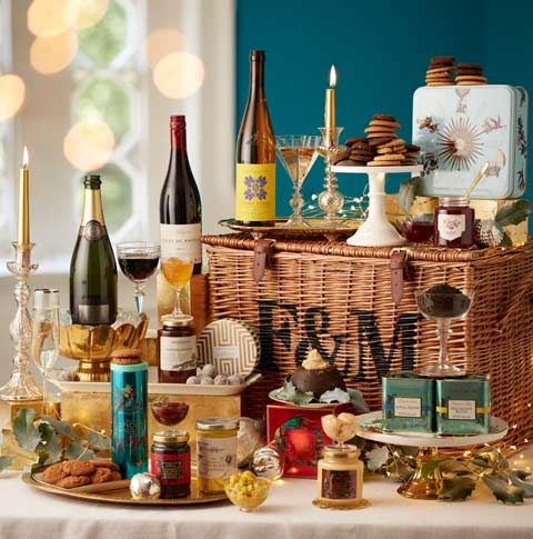 2187971_Christmas_Hamper_Mobile_Portrait