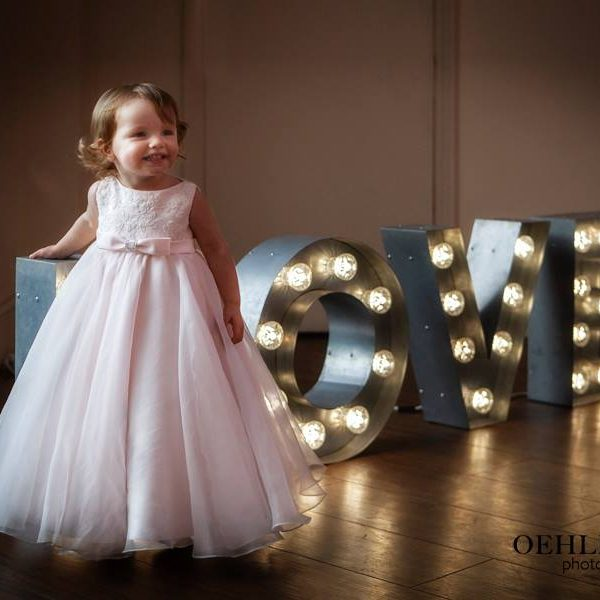 Flower Girl With Love Letters - Oehlers Photography | Nottingham Wedding Photographer