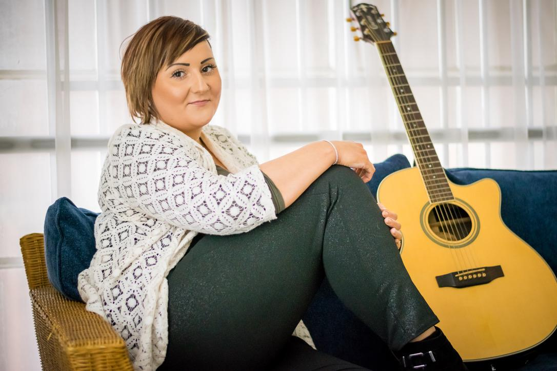 Leicester Wedding Singer Kathryn Hirons