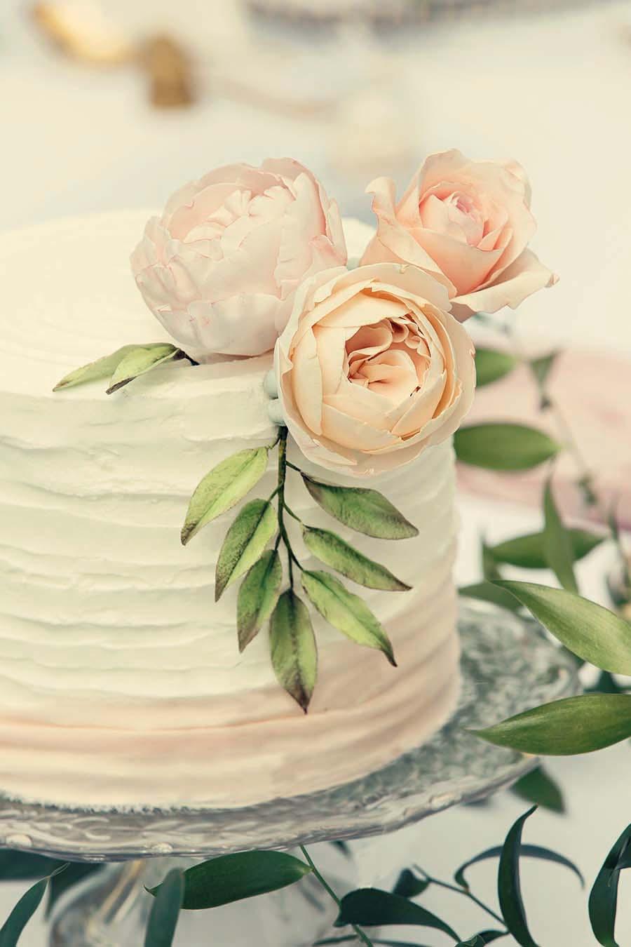 Buckinghams Wedding Magazine – Hodsock Photoshoot 2018 – Dottie Photography (63)