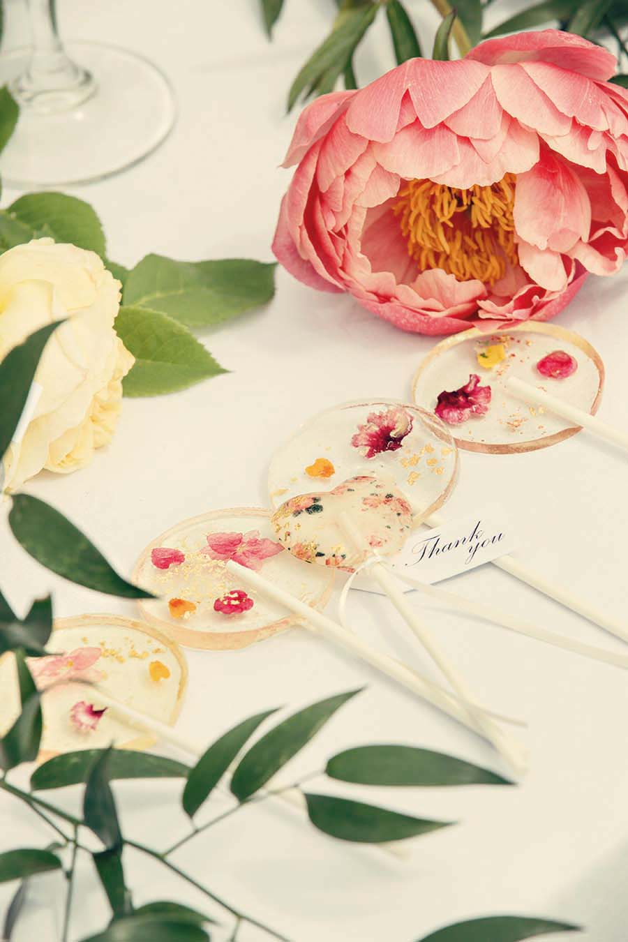 Buckinghams Wedding Magazine – Hodsock Photoshoot 2018 – Dottie Photography (65)