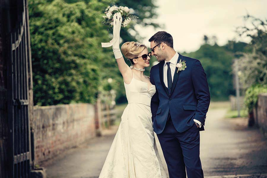 Buckinghams Wedding Magazine – Hodsock Photoshoot 2018 – Dottie Photography (72)