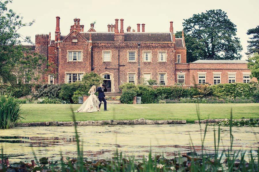 Buckinghams Wedding Magazine – Hodsock Photoshoot 2018 – Dottie Photography (75)