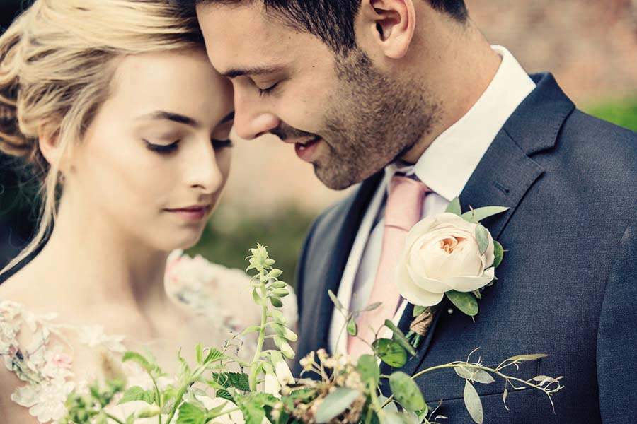Buckinghams Wedding Magazine – Hodsock Photoshoot 2018 – Dottie Photography (78)