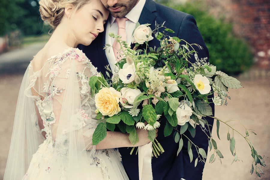 Buckinghams Wedding Magazine – Hodsock Photoshoot 2018 – Dottie Photography (79)