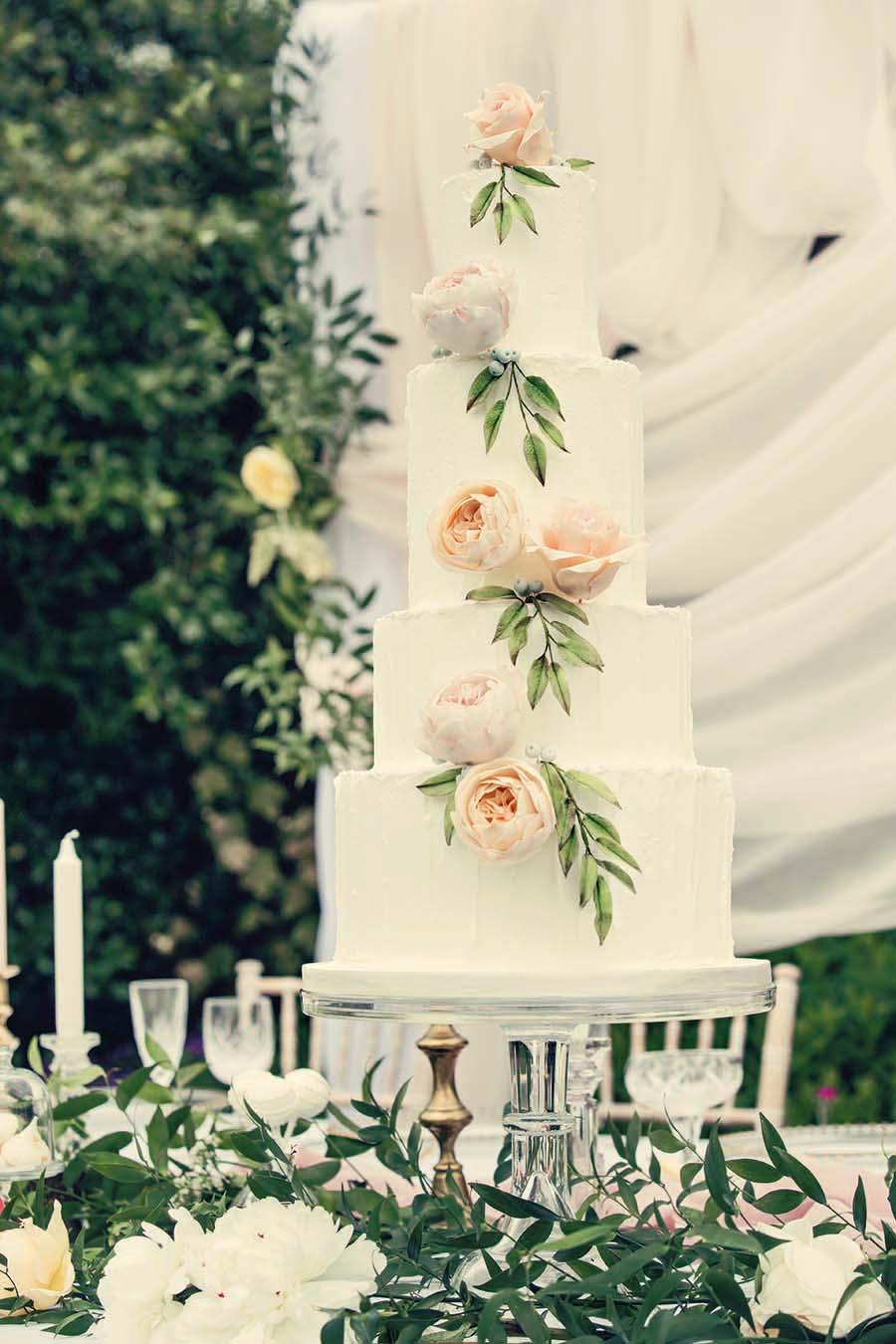 Buckinghams Wedding Magazine – Hodsock Photoshoot 2018 – Dottie Photography (81)