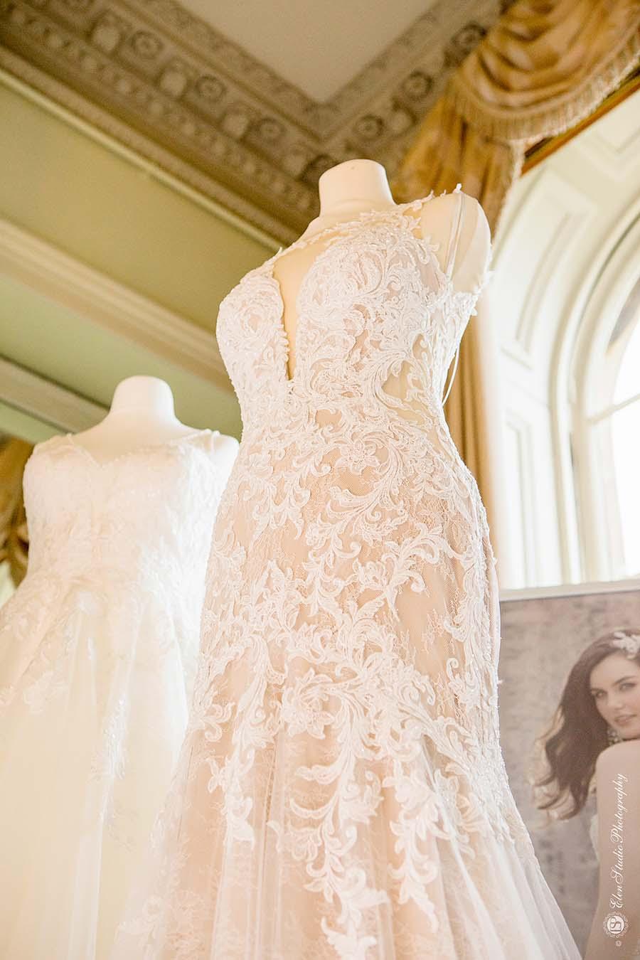 Buckinghams Wedding Magazine – Prestwold Hall AW18 – Elen Studio Photography (28)